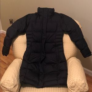 Patagonia down with it women's parka-black
